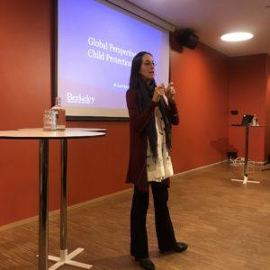 Jill Berrick presenting at Public Event in Bergen in October 2019.