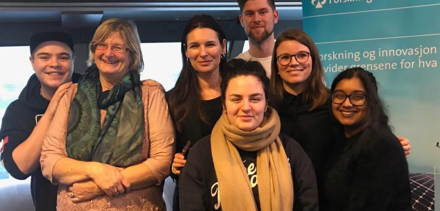 SPEAKERS: PhD-fellow Ida Juhasz (2nd from the right) together with professor Marit Skivenes, researcher Elisabeth Backe-Hansen and pro's from Forandringsfabrikken (The Change Factory). PHOTO: Forandringsfabrikken.